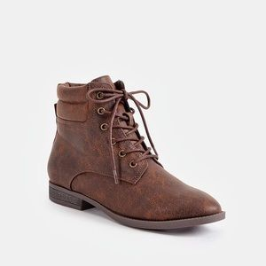 Shoes - 1 LEFT!!! NWT. Brown flat combat boots